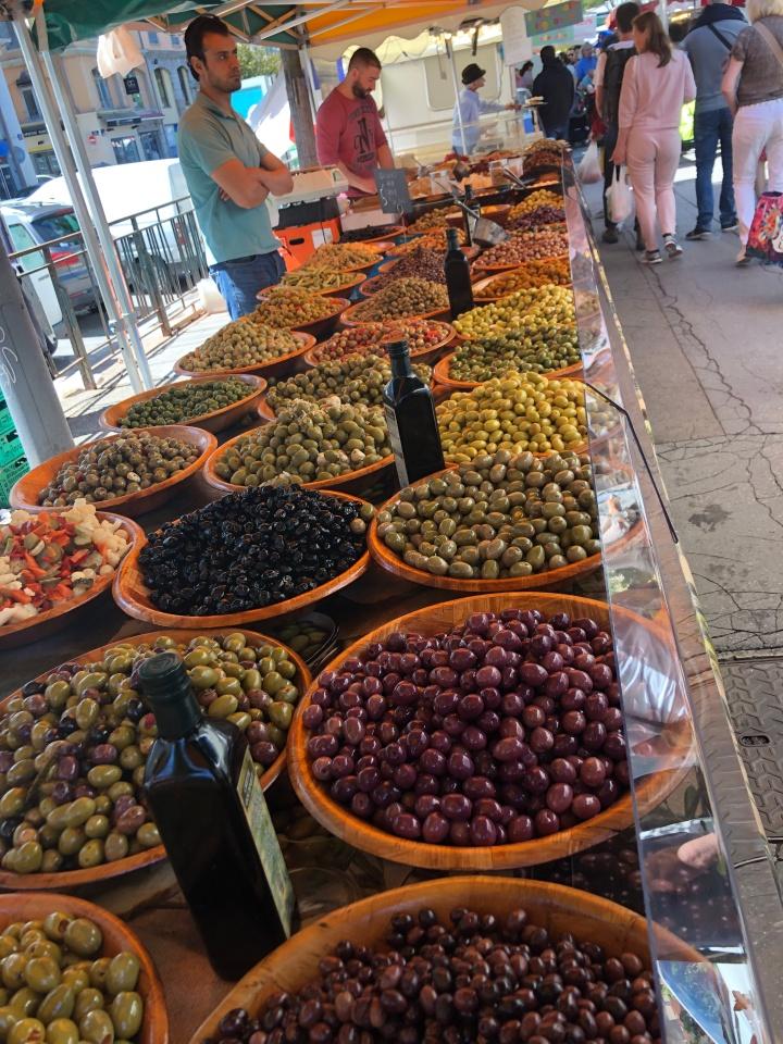 lyon olives