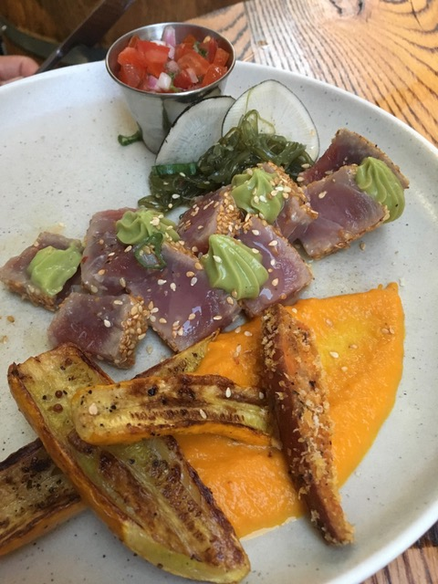 simone tuna