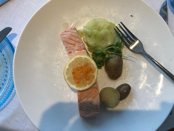 v salmon